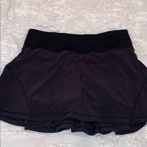 Black lulu lemon size 2 skirt